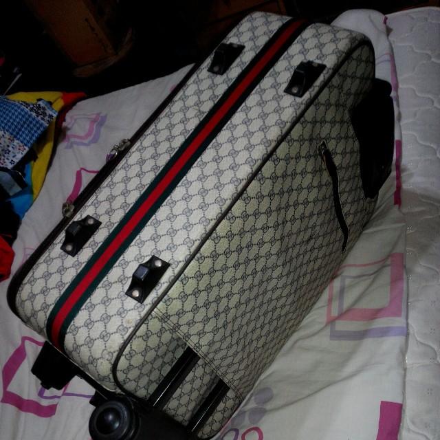 Gucci 行李箱