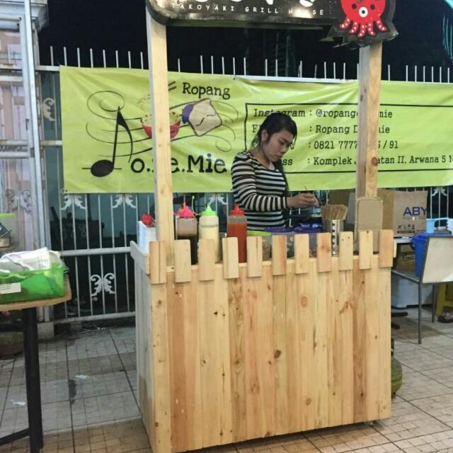 Gerobak usaha takoyaki