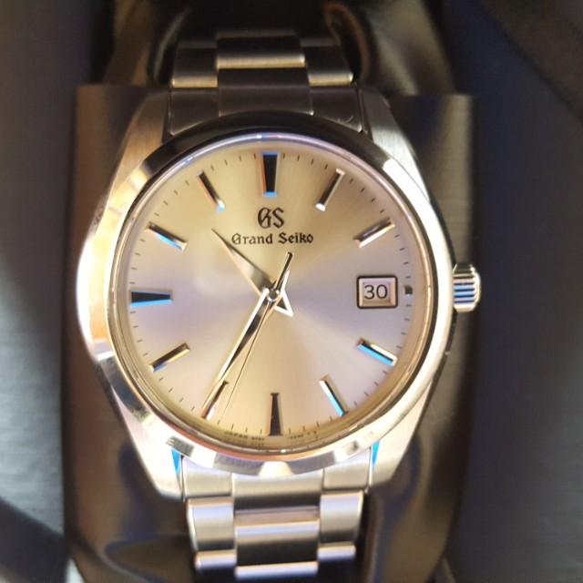 grand seiko quartz sbgv 221 luxury watches on carousell