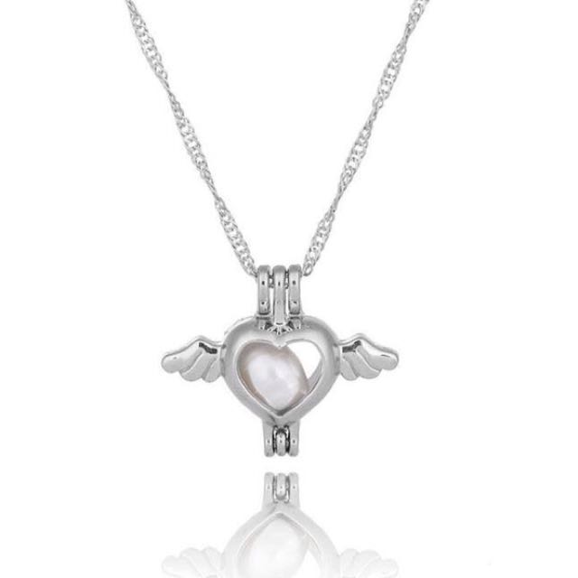 Heart Pearl Necklaces