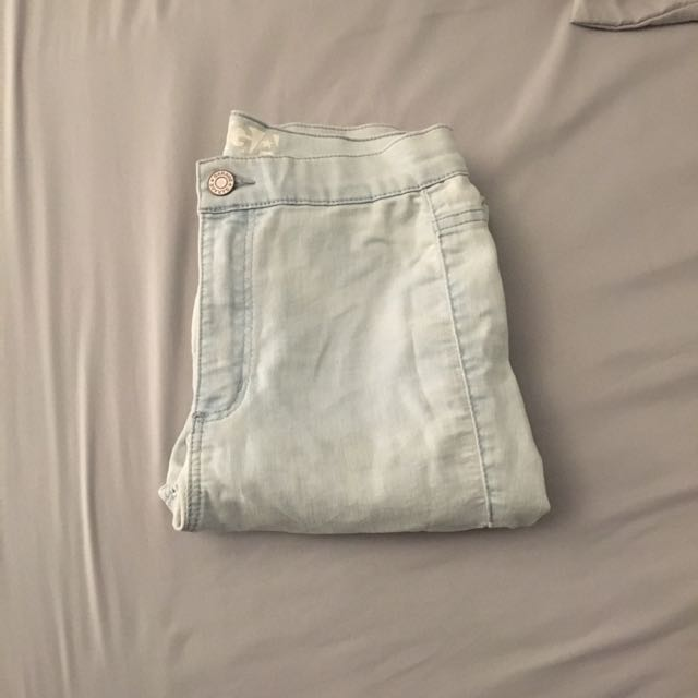 High waisted light washed jeans