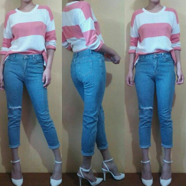 HW Knee Ripped Jeans