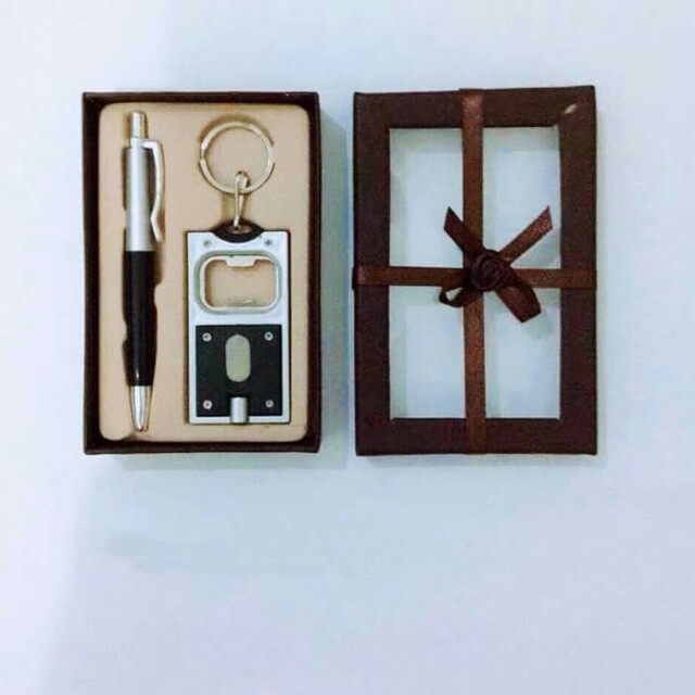Keychain With Light and Pen Gift Set