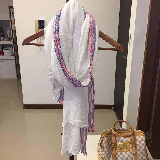 Mango 圍巾