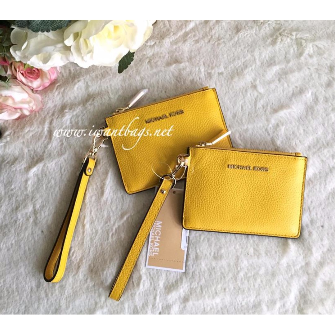 69446a7205ec58 Michael Kors Mercer Small Coin Purse-Sunflower, Women's Fashion ...