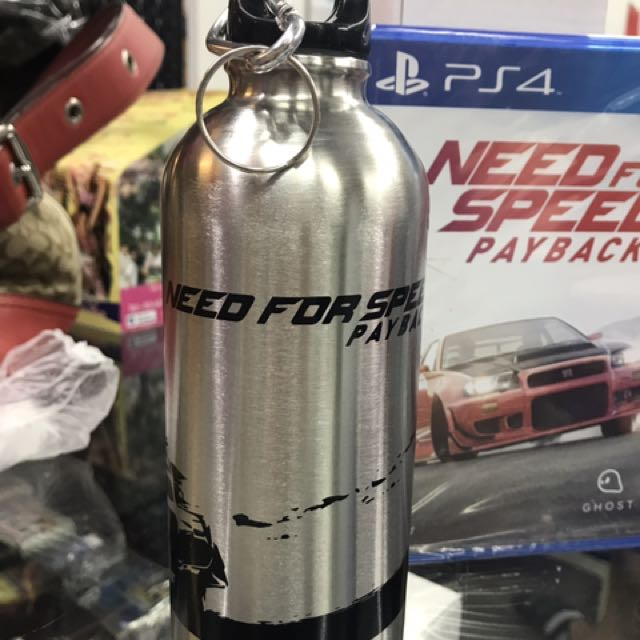 NEED FOR SPEED PS4 CD