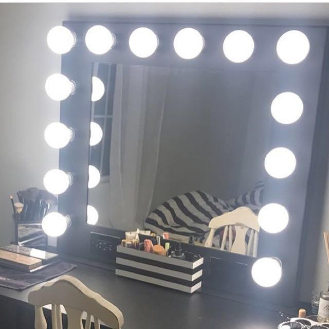 NEW IN BOX - BLACK HOLLYWOOD GLAMOUR MIRROR WITH USB PORTS, DIMMERS etc