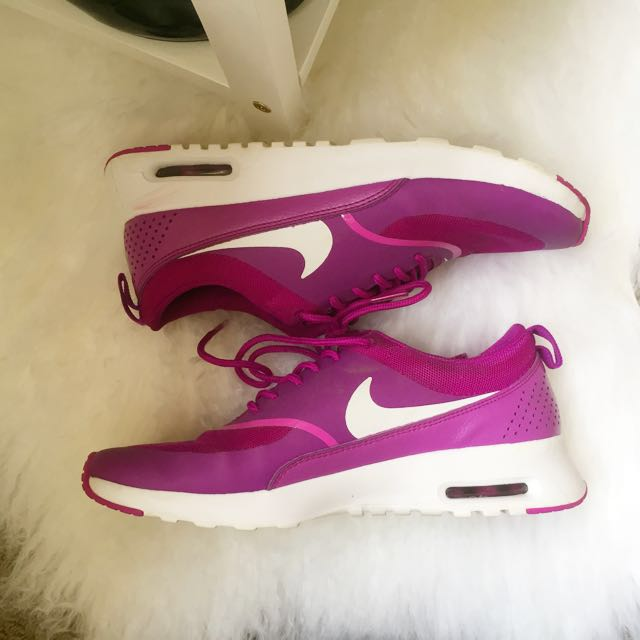 Nike Air Max Thea in Purple