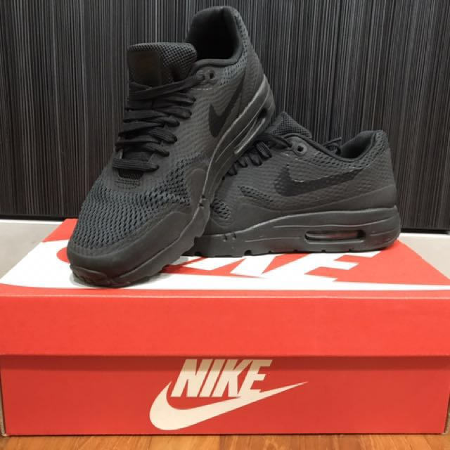 separation shoes 95acc 029aa NIKE AIRMAX 1 ULTRA ESSENTIAL TRIPLE BLACK, Women's Fashion ...