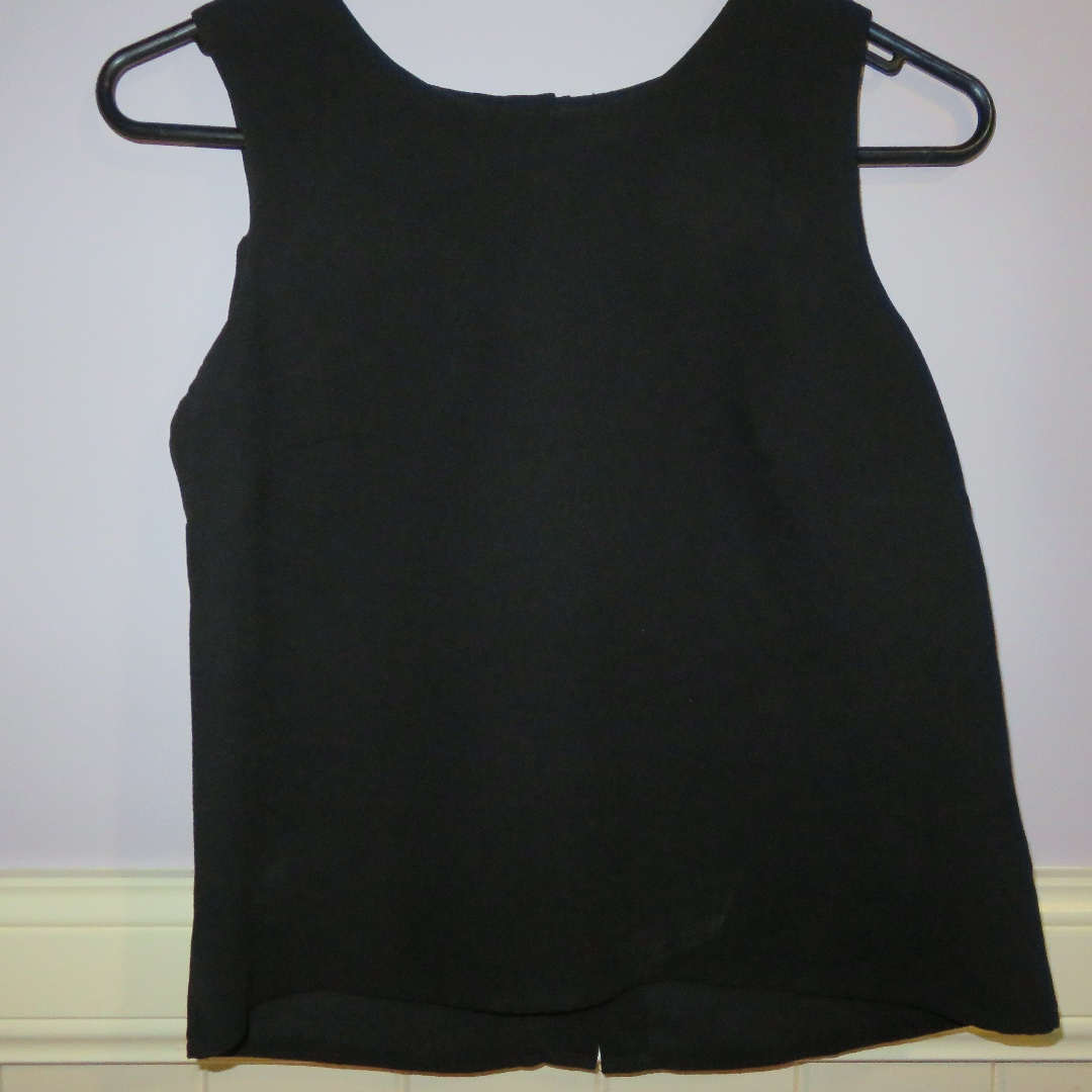 Paper Scissors Black Top