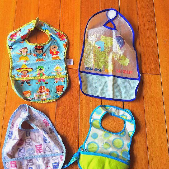 Premium Bibs with Pouch