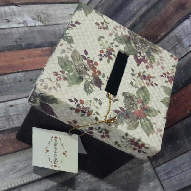Decoupage Rattan Tissue Box