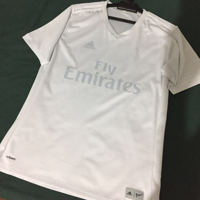 innovative design d9df1 70f5f Real Madrid Parley Jersey 2017 M