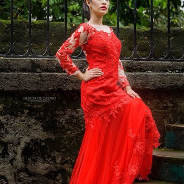 Red mermaid gown for rent only l