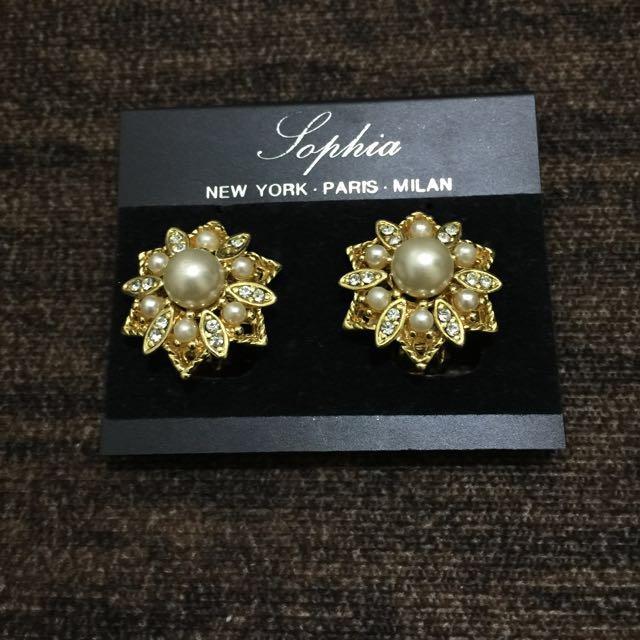 REPRICED! Sophia Earrings For SALE!