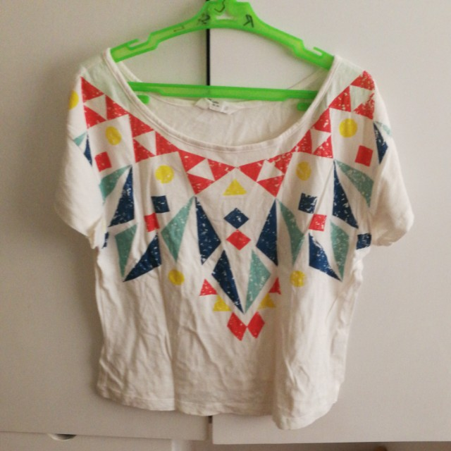 SALE! Cropped shirt with design