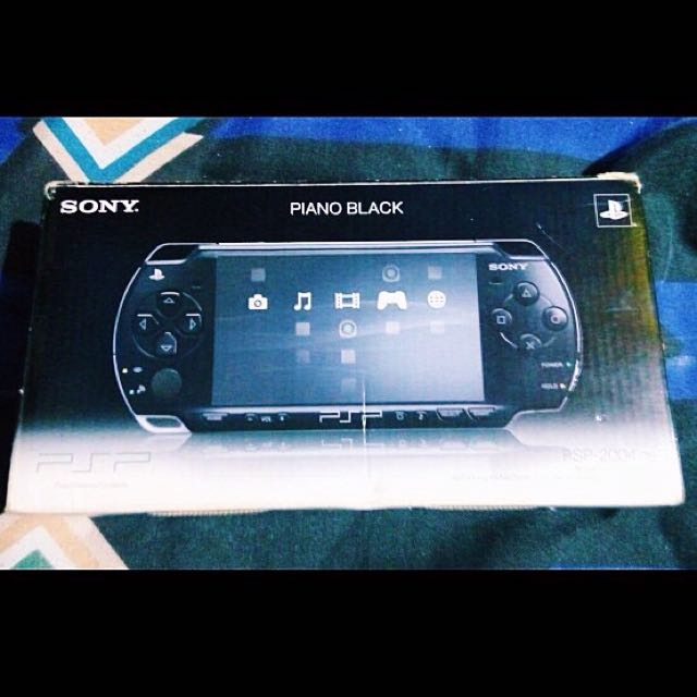 Sony PSP 2004 Slim - Piano Black