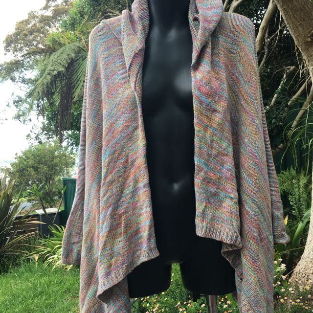 The story of rainbow knitted cardigan s/m