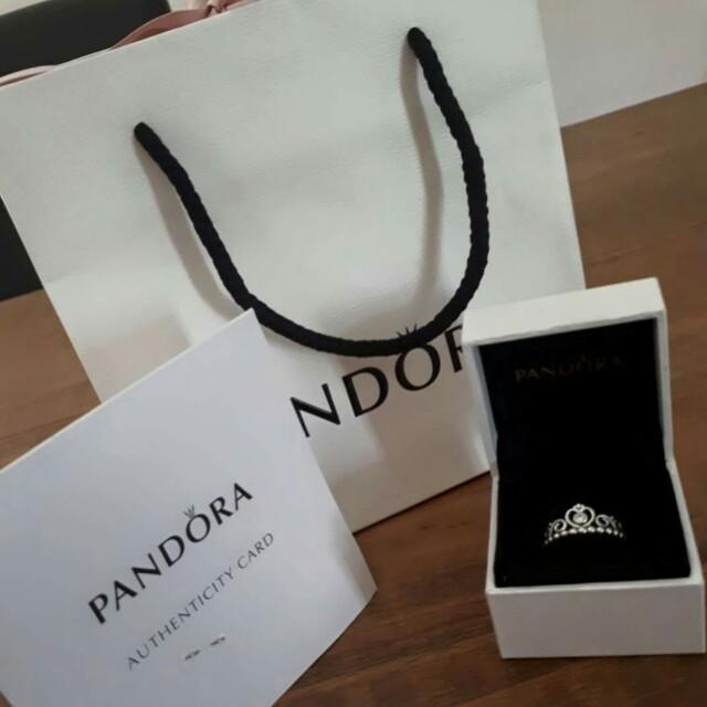 Tiara Pandora Ring