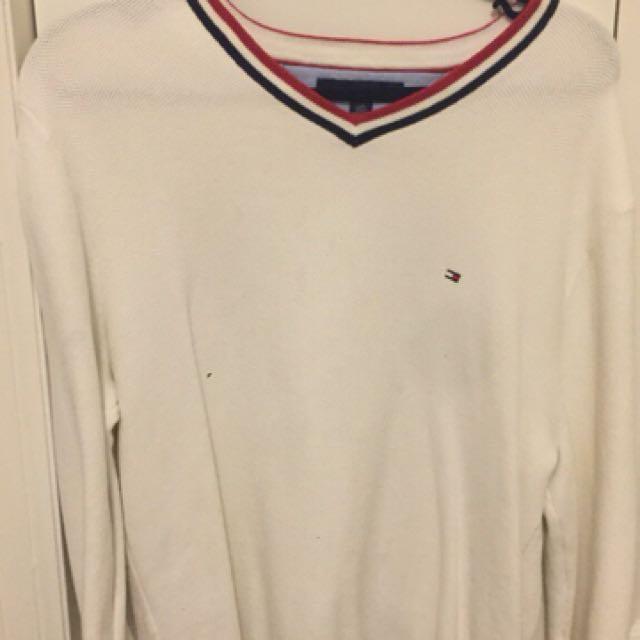 Tommy Hilfigure V-Neck Sweater