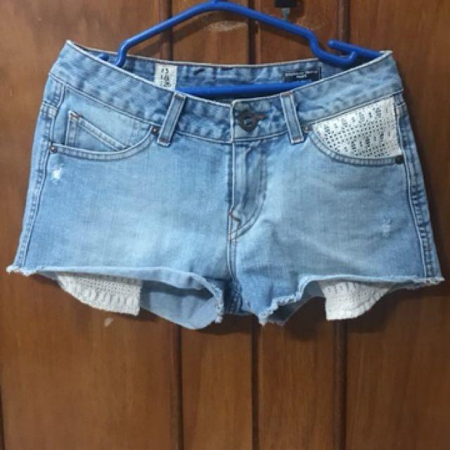 Volcom short pants