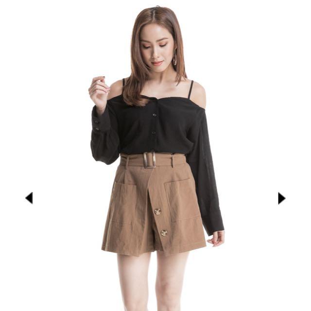 Wardrobemess linen pocket skorts in mocha, S