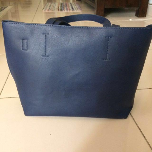 Zalora Minimalist Tote Bag