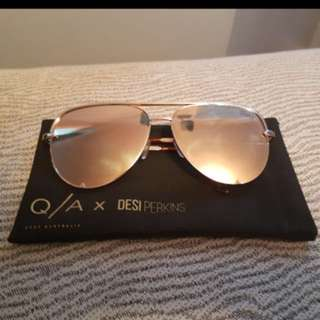 QUAY x Desi Perkins High Key Sunglasses in Gold