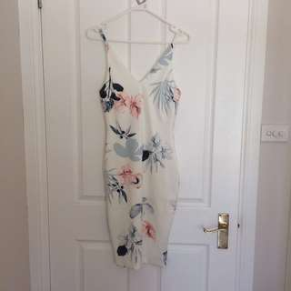 NEW WITH TAGS floral bodycon dress
