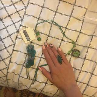 Green Jewellery Set (Earrings, Necklace, Ring and Hair Clip)