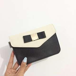 Miniso Small Sling Bag Blck White