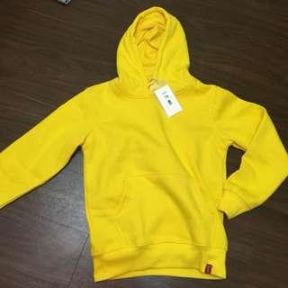 🚚 黃色帽T 全新