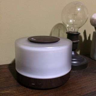 Scents & Senses Oscillating Humidifier Air Revitalizer Oil Diffuser