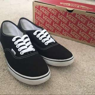 new black vans *price reduced!!