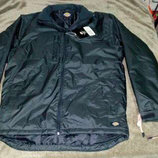 Authentic Dickies Winter Jacket Blk. from Saudi .Med.to large can ft.