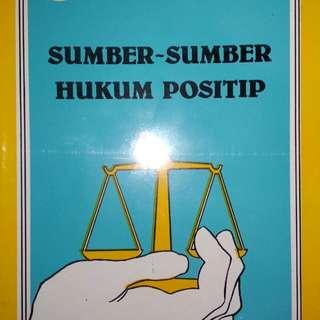 SUMBER - SUMBER HUKUM POSITIP  DEDI SOEMARDI, SH.  PENERBIT ALUMNI