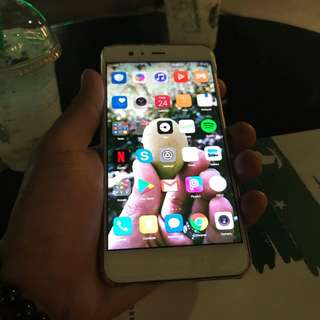 For sale: Huawei P10 Plus