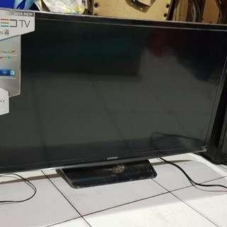 TV nih Samsung LED 32 inch seri 4 + bonus