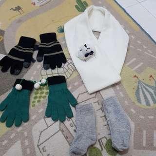 Kids Gloves, Sock & Scarf for cold wear