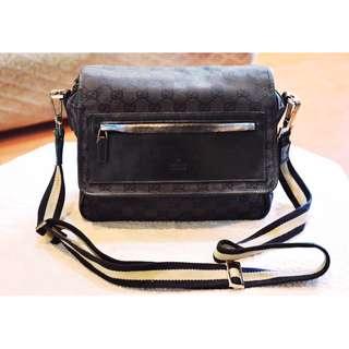 SUPER SALE! Authentic GUCCI Messenger Sling Shoulder Crossbody Bag