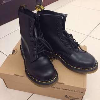 ‼️便宜售出 Dr.martens 1460 八孔馬丁靴