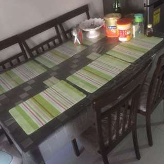 5 seaters dining table