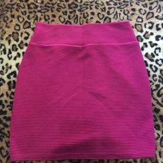 Red stretch skirt