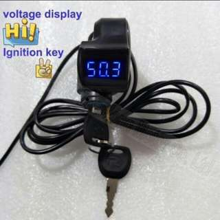 Key with voltmeter