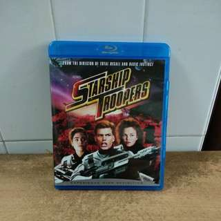 Starship Troopers - Blu Ray - US import (original) Good and hard to find Blu Ray @ only $10.00