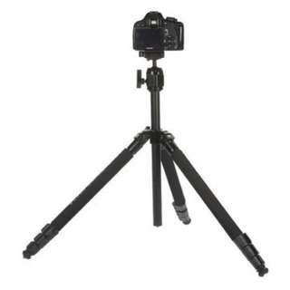 Christmas sales - professional Tripod - take up to 8kg