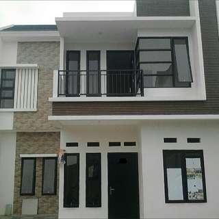 Rumah 2 lantai murah meriah