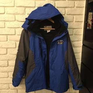 ozark gear 奧索卡機能性透氣保暖外套。L