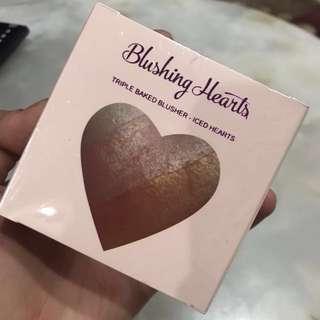 MUR Blushing Hearts