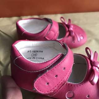 Pitter Pat pink baby doll shoes